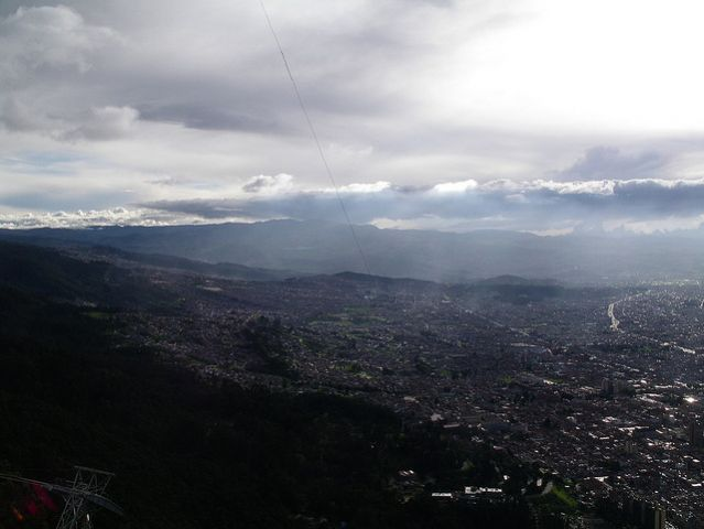 Smog in Bogota, Colombia. Some non-Annex I countries, like Colombia, already have made significant progress developing their national GHG inventory systems. Photo credit: Matthew Rutledge/Flickr