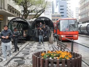 BRT system in Curitiba, Brazil. Photo credit: Guilherme Mendes Thomaz, Flickr