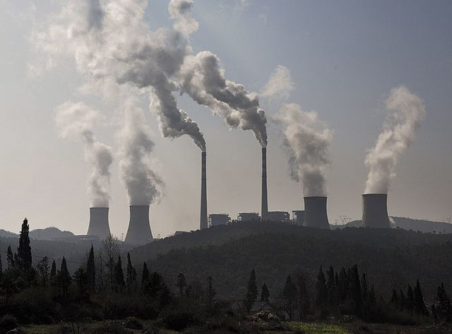 Emissions pollution in Fuyuan, Yunnan, China. Photo Credit: FLICKR/Mingia Zhou