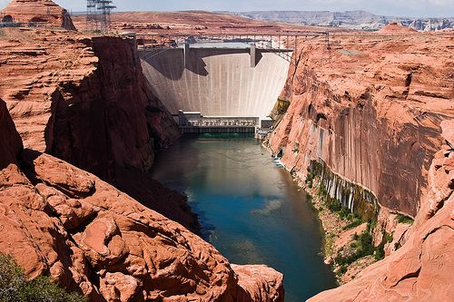Glen Canyon Dam in the Colorado River Basin. Photo credit: James Marvin Phelps
