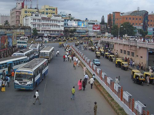 In the past two decades, Indian cities have grown tremendously—not only in population, but in geographic size. Photo credit: Peter Vandeput, Flickr 2007