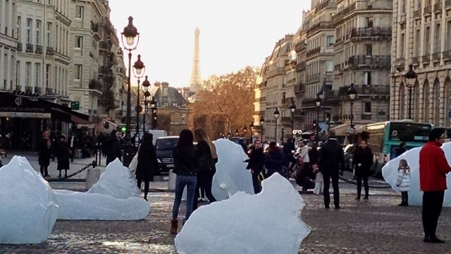 Ice Watch, a purposefully melting ice sculpture, Paris. Photo credit: Deborah Zabarenko