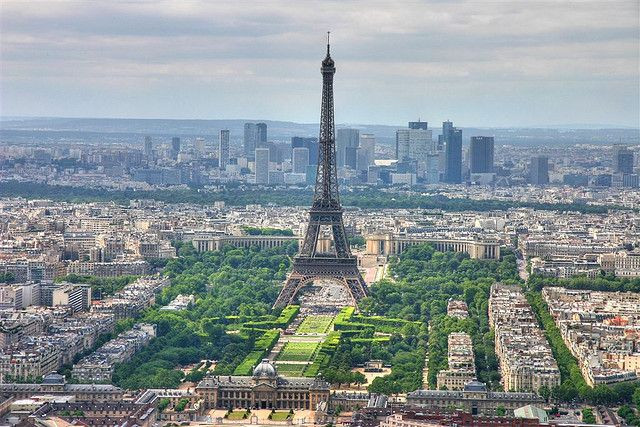Paris skyline