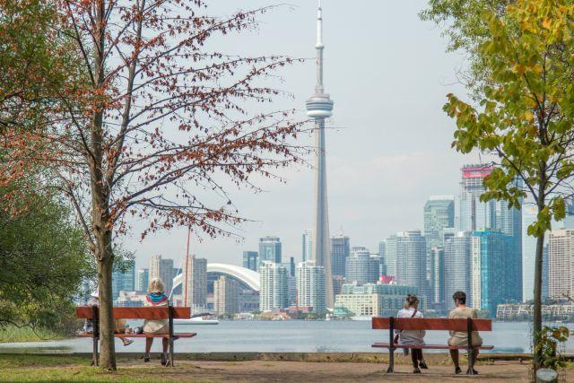 Looking into Toronto. Unsplash/Sandra Schuh