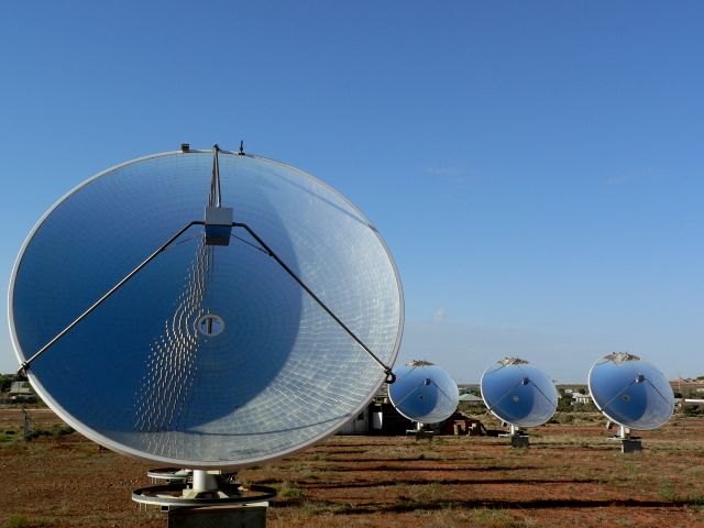 Solar station in White Cliffs, Australia. Photo by Richard Gifford/Flickr.