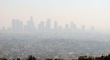 The US pledged to reduce its GHG emissions 26-28 percent below 2005 levels by 2025. (Los Angeles, California) Photo by Ben Amstutz/Flickr.