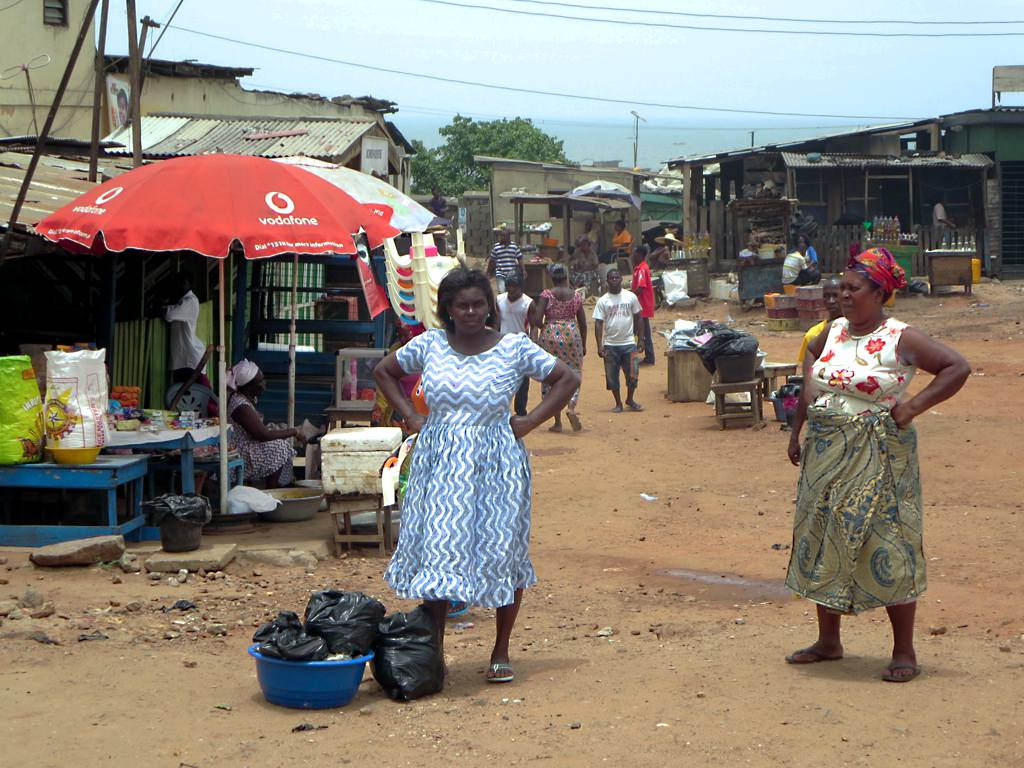 <p>Women in Accra, Ghana, where urban density actually declined from 2000-2010. Photo by David Stanley/Flickr</p>