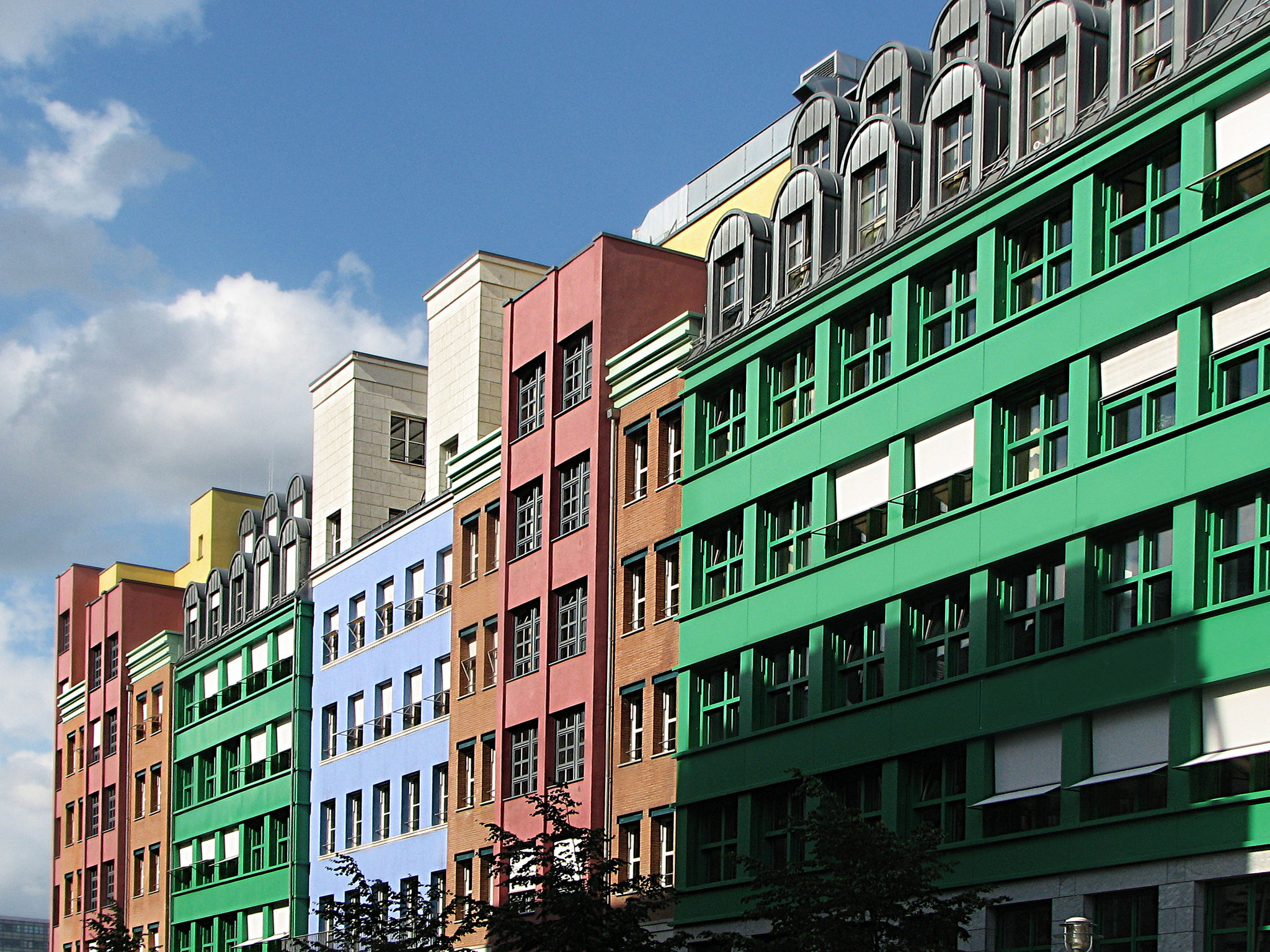 <p>Berlin is pushing forward innovative approaches to efficiency. Photo by VV Nincic/Flickr</p>