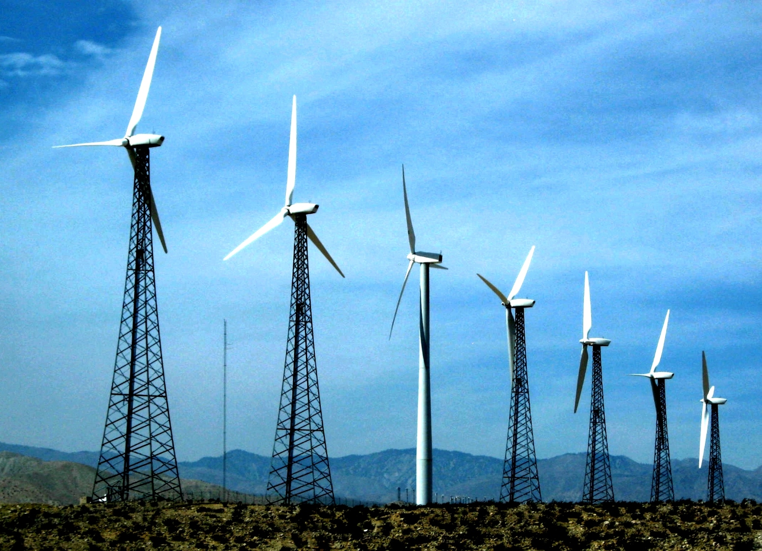 <p>Wind turbines in Southern California. Photo by moonjazz/Flickr</p>