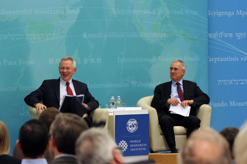 <p>Andrew Steer, WRI\'s president, led a Q&amp;A session with Lord Nicholas Stern. Photo credit: James Anderson, WRI</p>