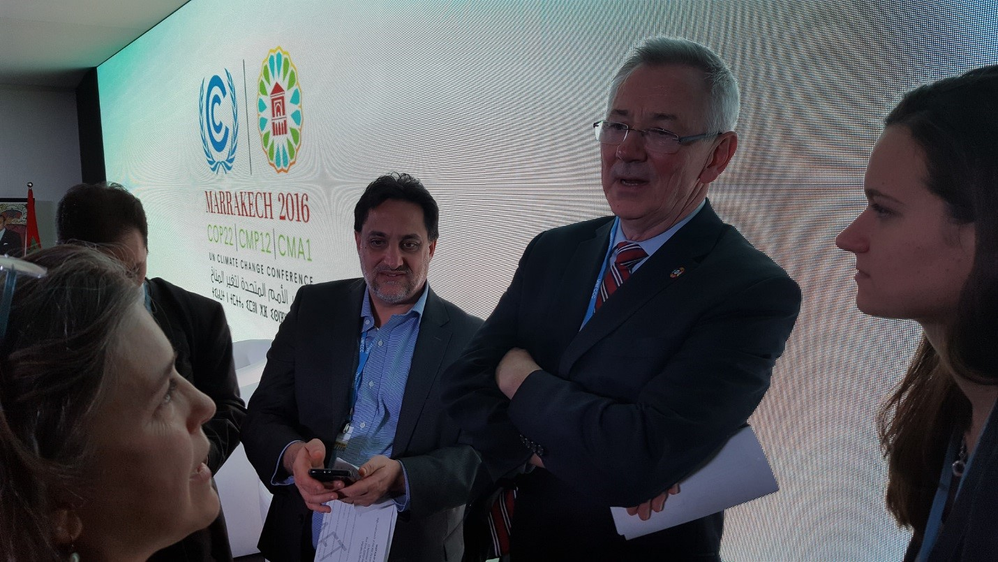 <p>Members of the WRI NDC Partnership launch team Paula Caballero, David Waskow, Andrew Steer, and Courtney Durham. Photo by World Resources/Flickr</p>