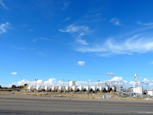 A natural gas refinery plant. Photo by WildEarth Guardians/Flickr.