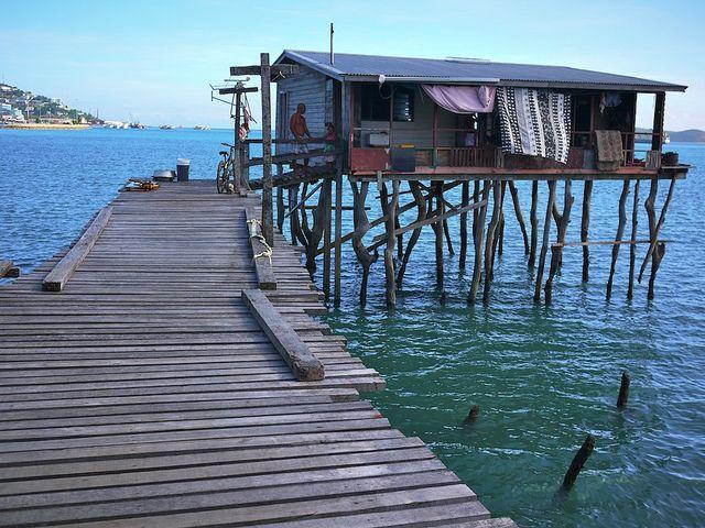 Papua New Guinea's coastal village of Hanuabada.