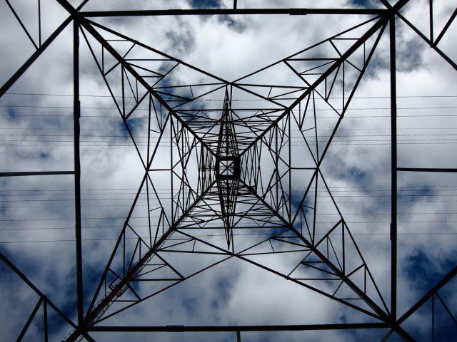 Power tower. Flickr/Robbie V