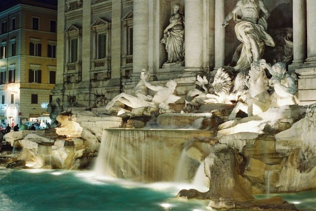 Trevi Fountain in Rome. Flickr/Alistair Kitchen