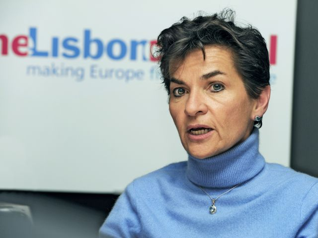 Christiana Figueres is one of the leaders resolutely standing with Paris.