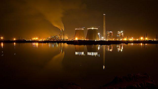 Tuticorin thermal power plant south of Chennai. (Wikimedia Commons/Ramkumar)