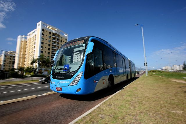 BRT in Rio de Janeiro, Brazil. Photo by Benoit Colin/EMBARQ.