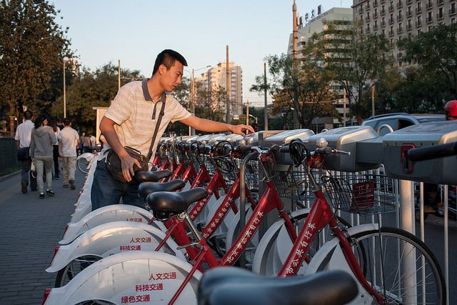 Bikeshare program in Beijing, China. Photo by Benoit Colin/WRI.