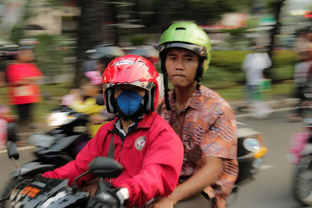 In 2009, Indonesia made a bold move by voluntarily pledging to achieve a 26 percent reduction in emissions against the business-as-usual scenario in 2020. Photo by James Anderson/WRI.