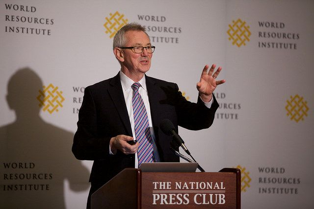 Andrew Steer presented 2015's Stories to Watch before a packed house at the Press Club in Washington, D.C. Photo by Bill Dugan/WRI