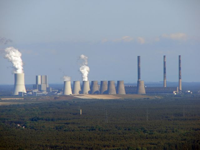 Smokestacks at Vattenfall in Germany. Wikimedia/Derganaue