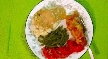 Sunday dinner - fried chicken. green beans, tomatoes, and mashed potatoes with mochka gravy.