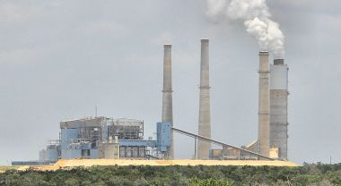 Coal-fired power plant in Fayette County, Texas. Photo by Larry D. Moore/Wikimedia Commons