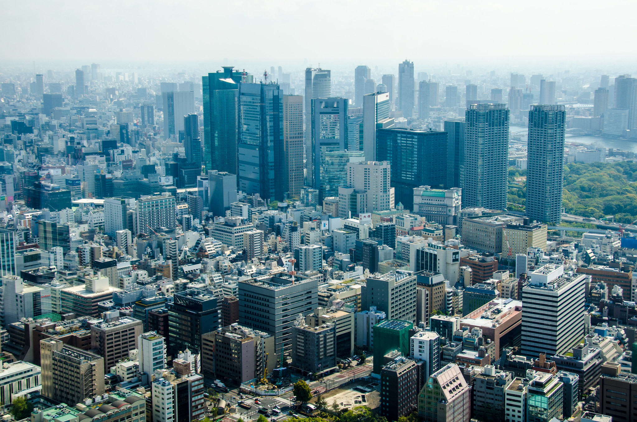 <p>View over Minato, a major commercial district in Tokyo where Sony, Honda, Fujitsu, Mitsubishi and other major companies are headquartered. Flickr/Thomas Buehler</p>
