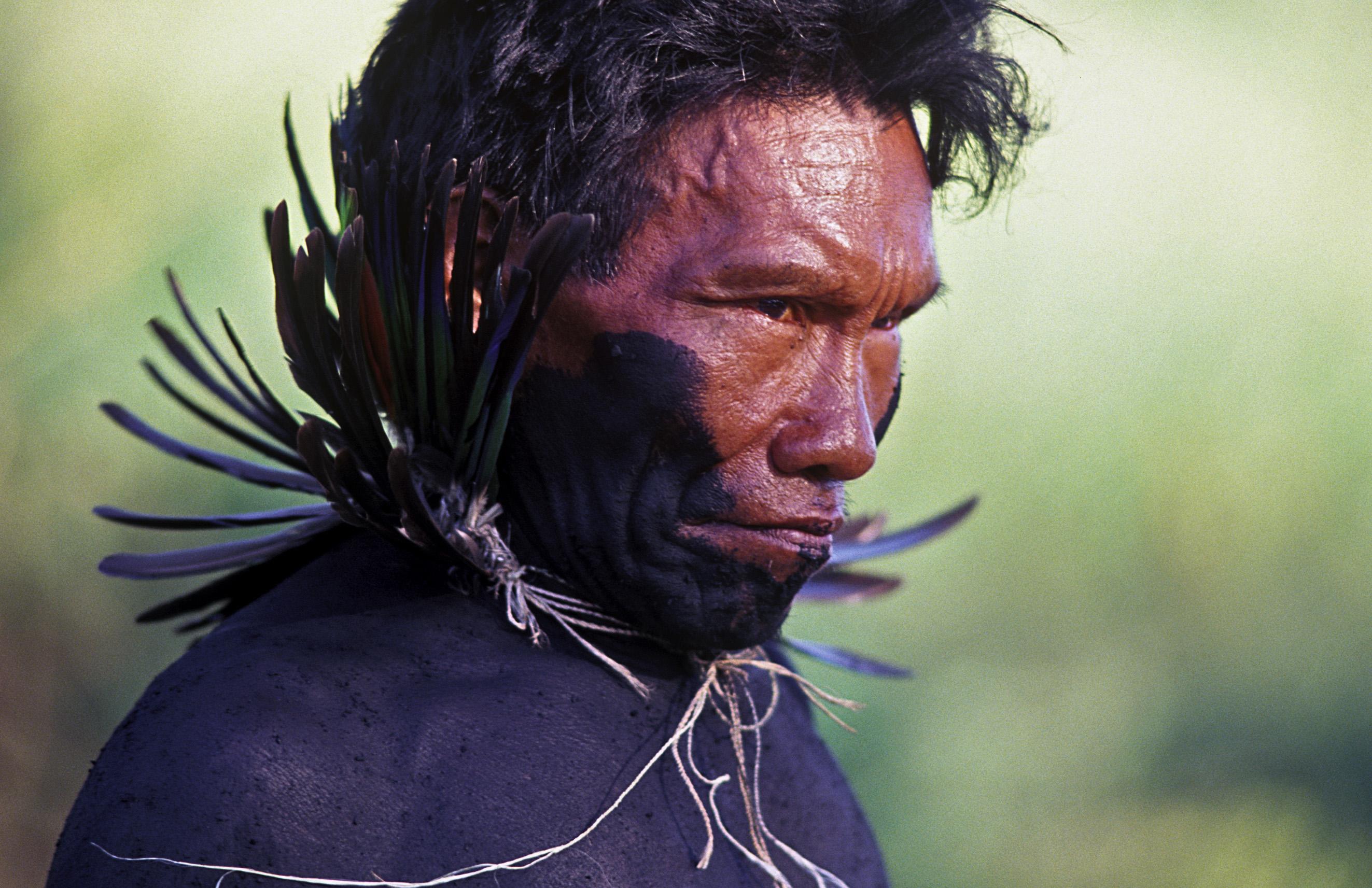 <p>Ayoreo man in the Paraguayan Chaco. Flickr/Fotografías Nuevas</p>