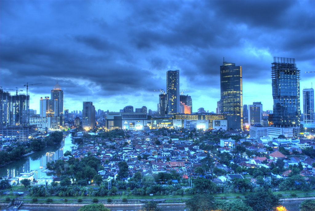 <p>Jakarta in evening. Photo by Osrin/Flickr</p>