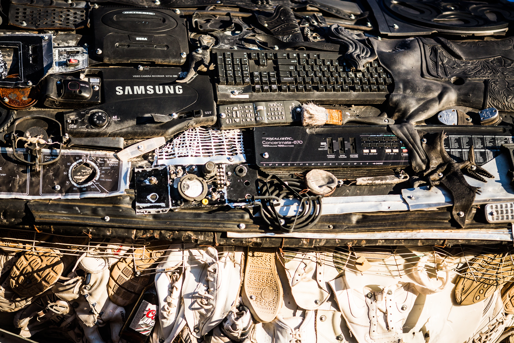 <p>Circular economy reforms can help address e-waste. Flickr/Thomas Hawk</p>
