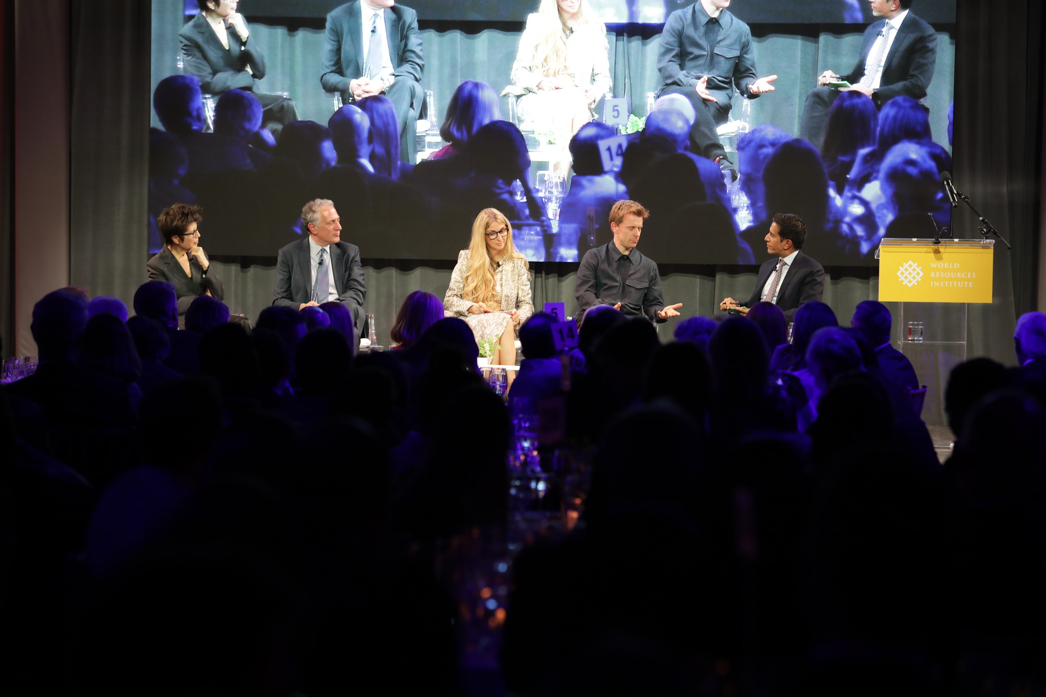 <p>From left to right: Elizabeth Diller, architect and partner of Diller Scofidio + Renfro; Dan Doctoroff, chairman of The Shed and CEO of Sidewalk Labs; Ann Rosenberg, Senior VP & Global Head of SAP Next-Gen; Stuart Wood, Group Leader of Heatherwick Studio; Dr. Sanjay Gupta, CNN chief medical correspondent. Photo by WRI</p>