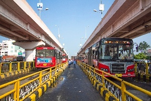 <p>Pune\'s Rainbow BRT system with dedicated bus lanes. Image: ITDP India</p>