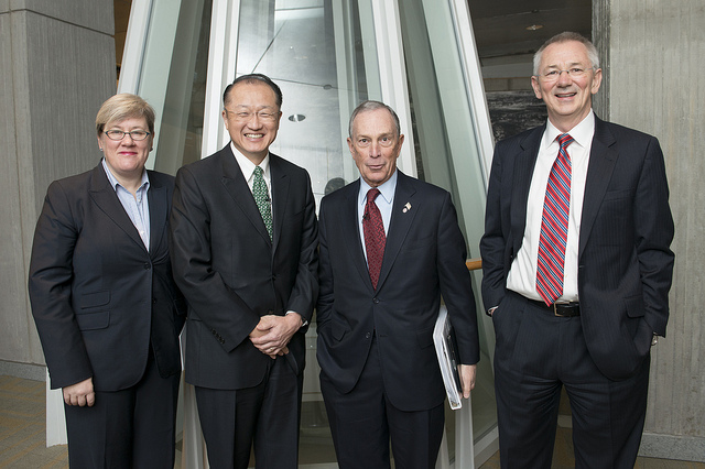 <p>L-R: Rachel Kyte (World Bank), Dr. Jim Yong Kim (World Bank), Mayor Michael Bloomberg, Dr. Andrew Steer (WRI). Photo credit: Ryan Rayburn/World Bank</p>