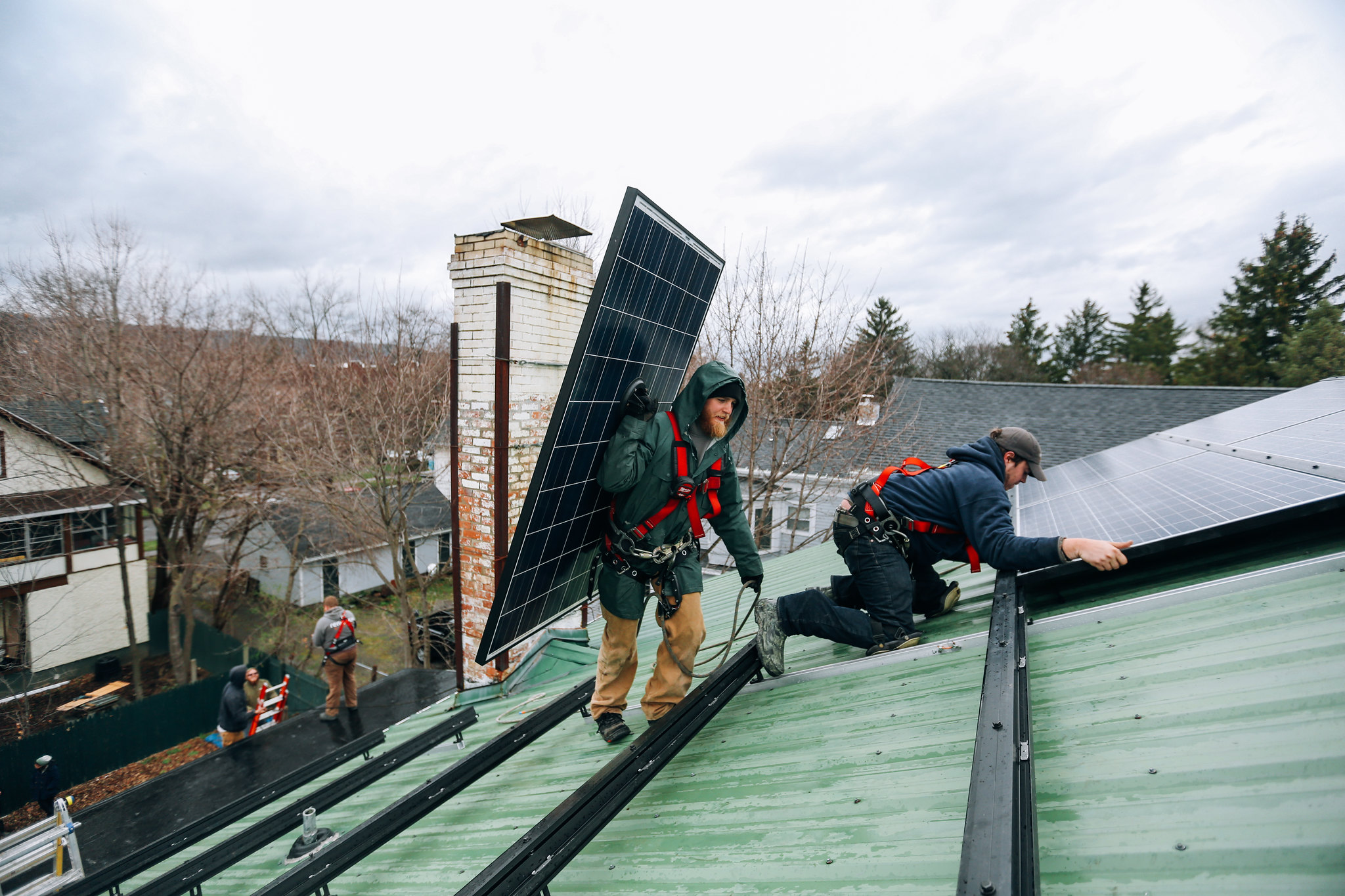 <p>Renewable energy is creating work, but policymakers need to address job quality, training and location. Photo by Stephen Yang/The Solutions Project.</p>