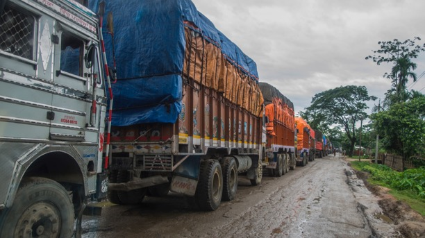 <p>During floods, rural roads in India are often blocked and getting diesel for hospital generators can be challenging. Photo by Makunda Hospital.</p>