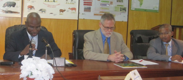 <p>Emmanuel Bizot (Minister of Water, Forests, Hunting, and Fishing), Pierre Methot (WRI) and Paul Doko (WRI) at the official launch of the Atlas in Bangui, CAR.</p>
