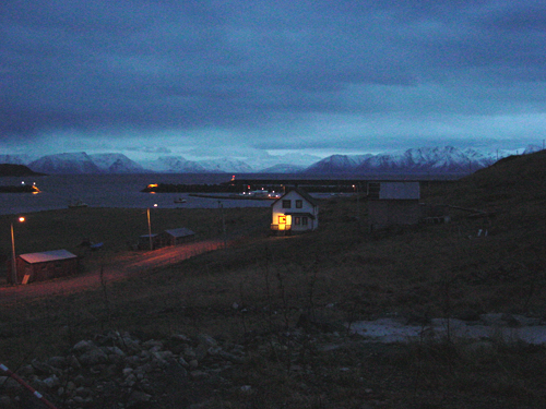 <p><strong>Hasvik, Norway (December 2007)</strong> A Porch light in the Twilight. Source: Ian Fossberg.</p>
