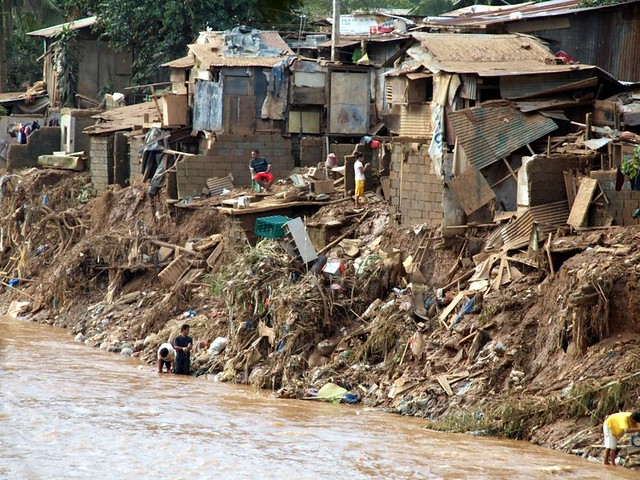 <p>Communities in the Philippines have banded together to upgrade drainage systems and clean up riverbanks to control flooding. Photo by Jörg Dietze/Flickr</p>