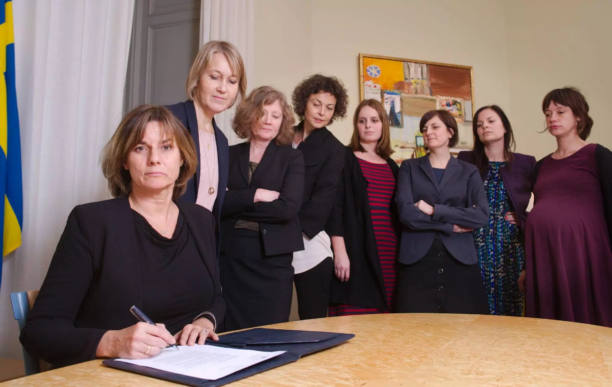<p>For a better planet and a better future, commented Swedish Deputy Prime Minister Isabella Lovin as she signed a climate law. (Facebook/Isabella Lovin)</p>