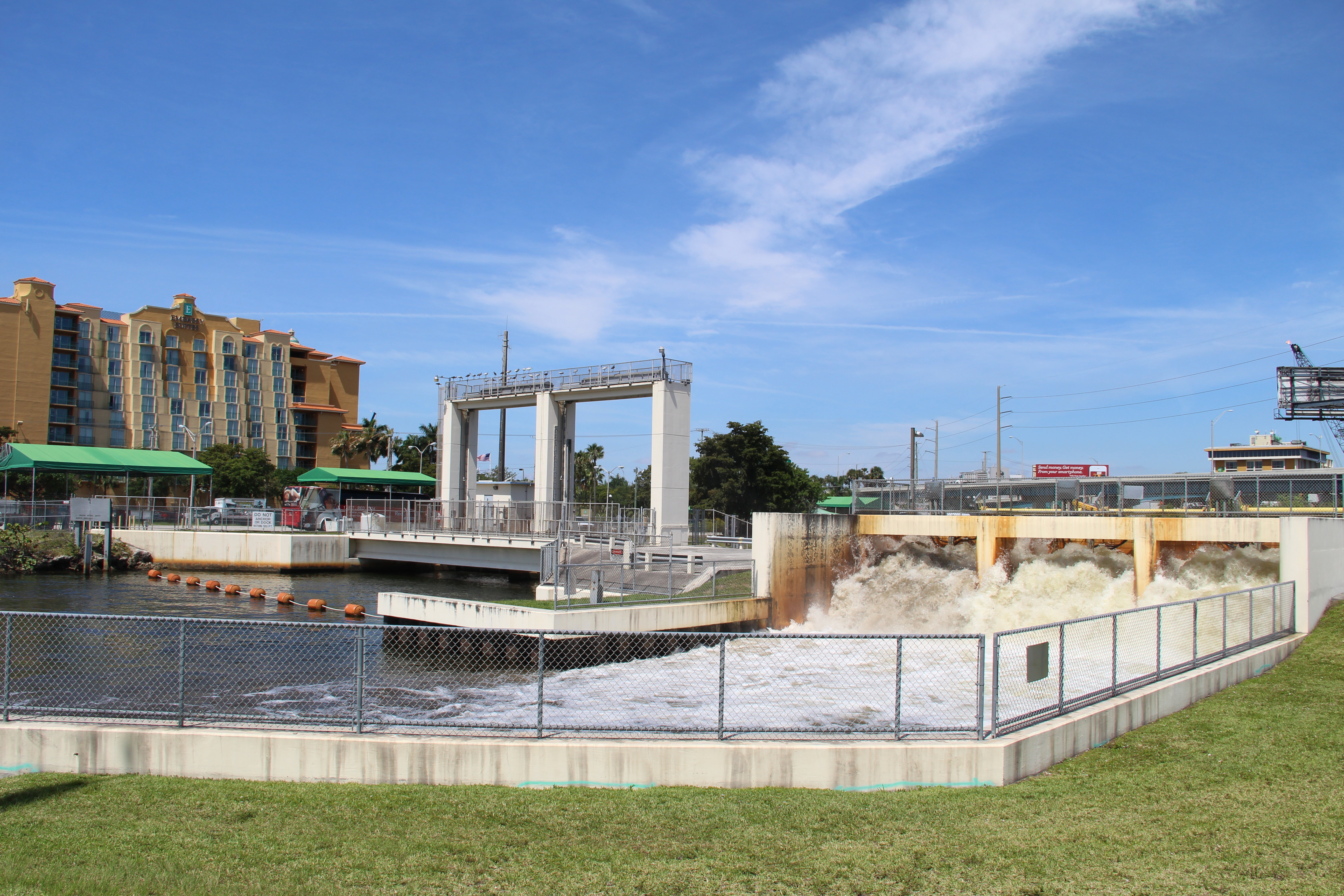 <p>Reverse pumps churn water toward the ocean; Miami, FL. Photo credit: Rhys Gerholdt/WRI</p>