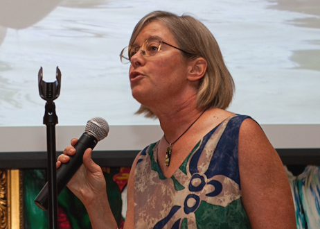 <p>WRI\'s Lauretta Burke addressed the rising threats to the world\'s coral reefs. Photo credit: Sara Stathas.</p>