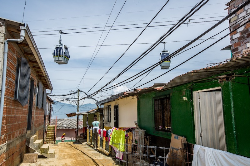 <p>Cable car stations have helped attract new investment – both public and private – in long-neglected neighborhoods. Photo by Metro de Medellín.</p>